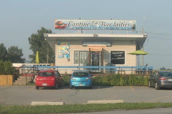 Saint Liboire, แคนาดา: cantine et bar laitier complet