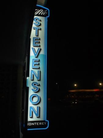 The Stevenson Monterey: 外観