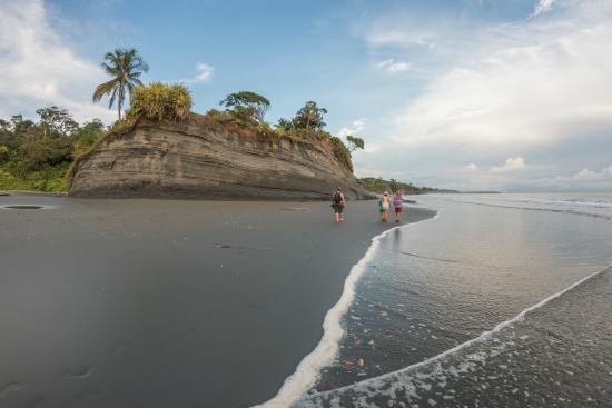 Doña Sixta - Picture of Papagayos Beach Hotel ...