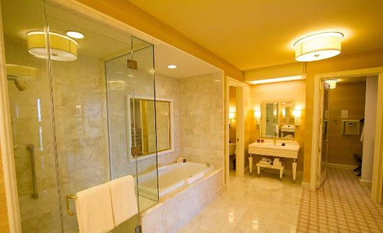 Bathroom with separate toilet and walk in closet - Bathroom remodeling las vegas nv ...