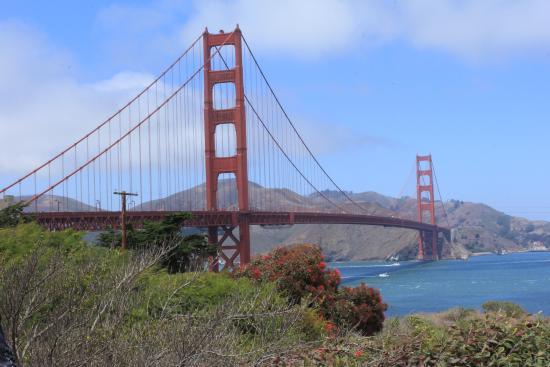 Golden Gate: สะพานโกลเด้นเกตต์