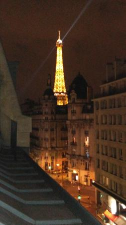 Passy Eiffel Hotel: View from top floors of Hotel