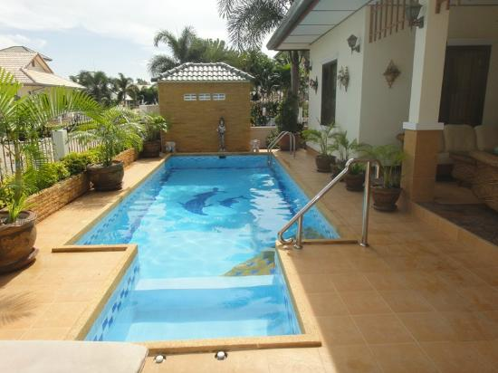 Outdoor pool daytime picture of palm tree villa hua hin for Palm tree villas 1
