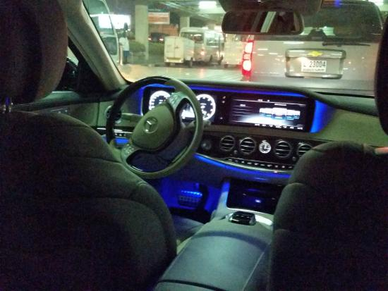 Pick Up In A Mercedes From And To Dxb Airport Picture Of Le