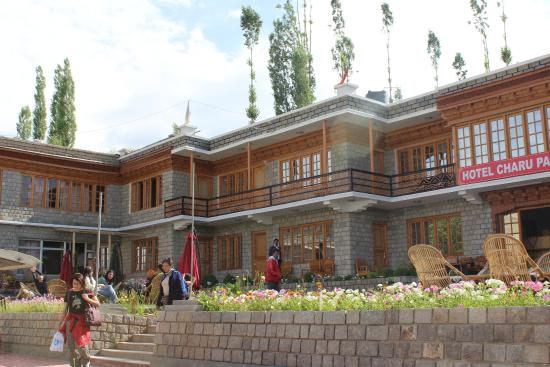 Hotel Charu Palace Leh