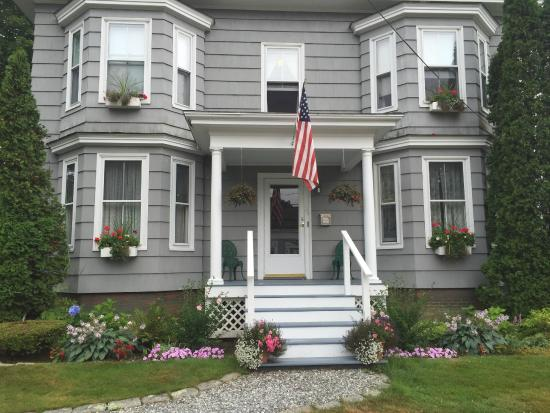 Bayside Inn Bed and Breakfast