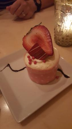 Be Our Guest Restaurant: Strawberry cream cheese cupcake