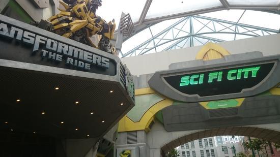 Universal Studios Singapore: sci-fi area