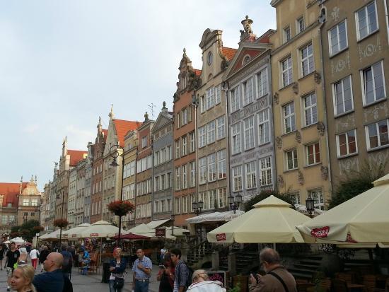 Old Town: Via dluga