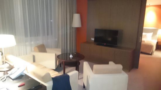 Austria Trend Hotel Savoyen Vienna: living room exec suite