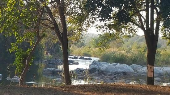 Ekuthuleni: Olifants River