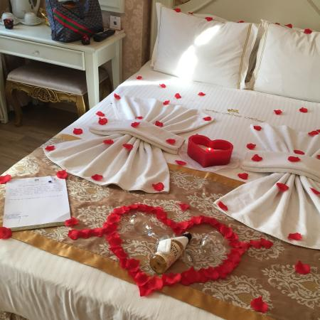 White House Hotel Istanbul: Romantic room