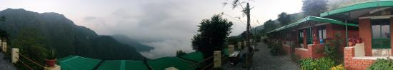 Chakrata, الهند: View from the rooms