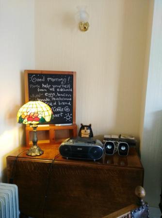Clarendon Lodge: Breakfast room