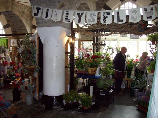 Cardigan Guildhall Market: Jilly's Flowers