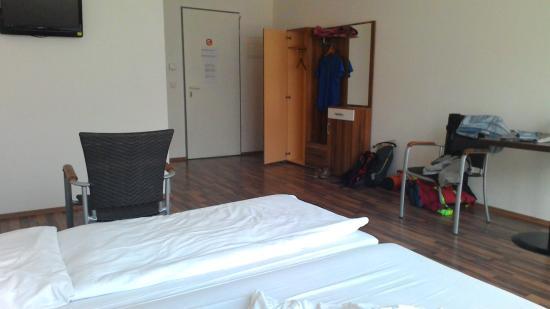 Hostelbar
