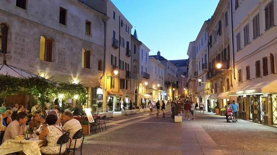 Apple Guest House: Piazza Civica Alghero