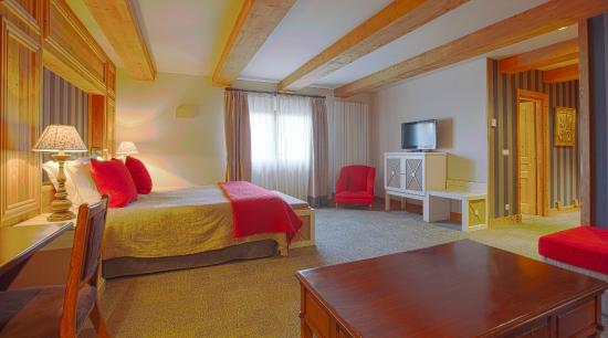 Hotel Royal Rochebrune: Jr. Suite room