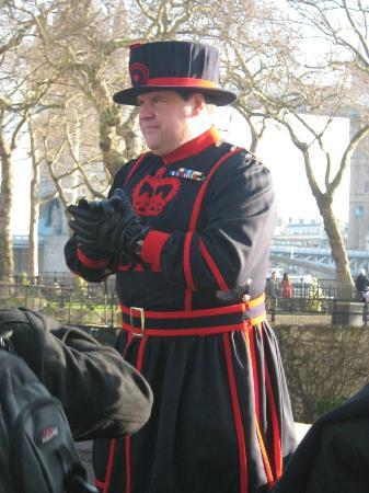 Tower of London: guardia dei corvi
