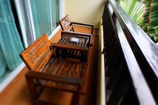Napalai Resort & Spa: ระเบียงห้องพัก