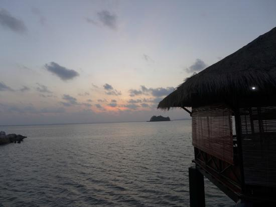 Loola Adventure Resort: morning sunrise view