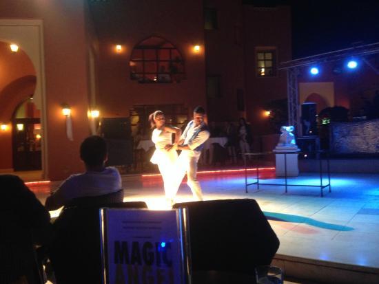 TUI Magic Life Sharm el Sheikh: Animatie op avond