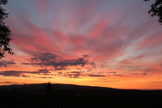 Healy Heights Family Cabins: Sonnenuntergang