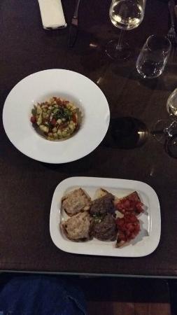 Villamagna, Italien: bruschette e panzanella croccante