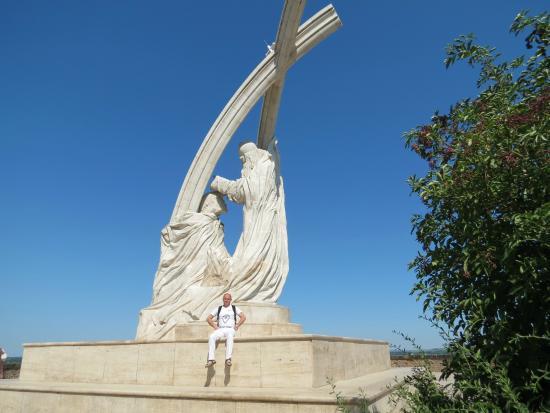 ステファン王の像