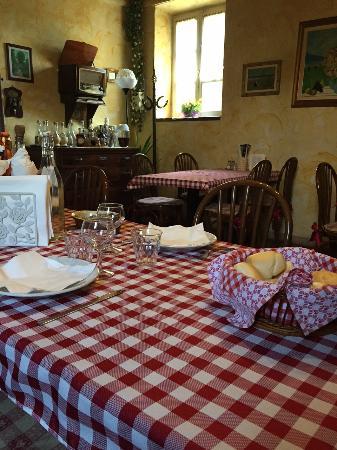 La sala da pranzo picture of agriturismo s alessandro soncino tripadvisor - La sala da pranzo ...