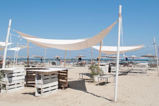 Spiaggia foto di amarissimo lido di savio tripadvisor - Bagno margarita lido di savio ...