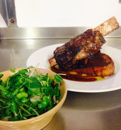Basketmakers Arms : Beef short rib