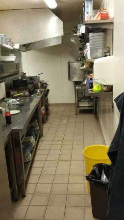 Le Valentin  : Visite  des coulisses du valentin pour aller a la rencontre de ce chef et ses fameux hamburger e
