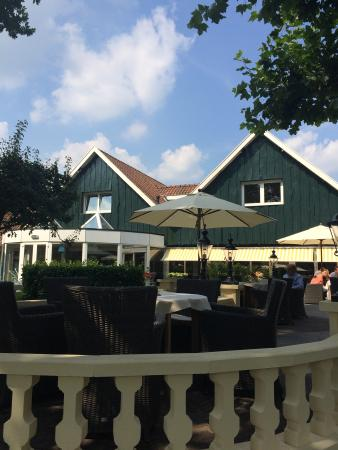 Parkhotel De Wiemsel : Terras