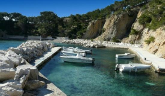 calanque des figuieres picture of calanques d 39 ensues la redonne ensues la redonne tripadvisor. Black Bedroom Furniture Sets. Home Design Ideas