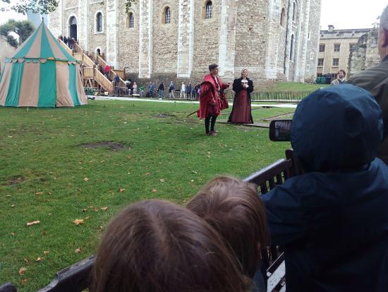 Tower of London: theatrical re-enactment of wedding preparations of Ann Boleyn to Henry VIII