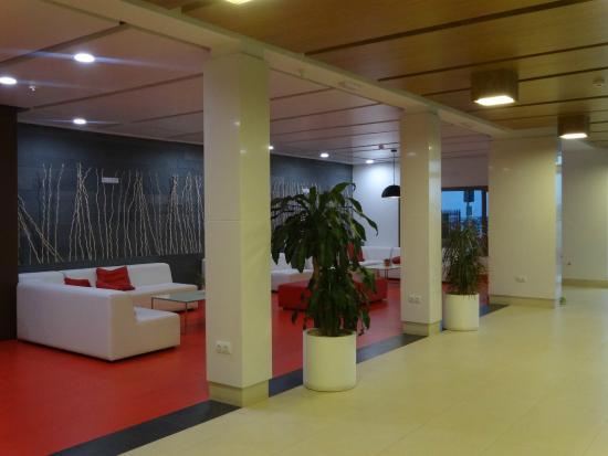 Costa Sal Villas and Suites: Reception area