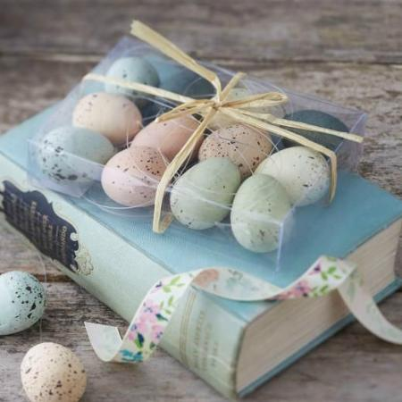 EmZo: Easter and seasonal items available