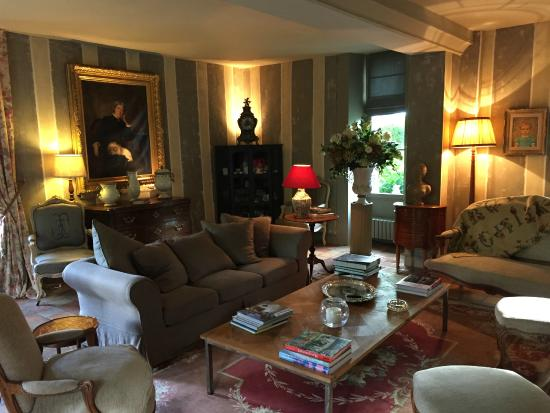 La Louvière : The drawing room