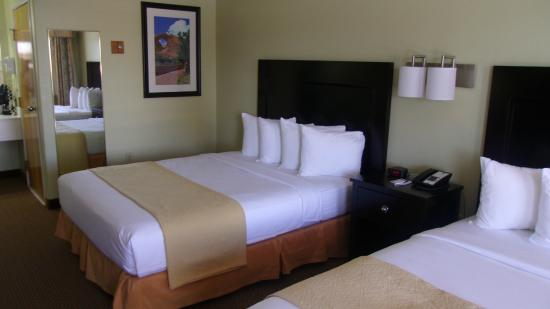 Quality Inn And Suites Gallup: 客室