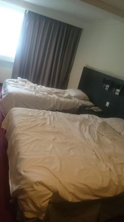 Imperial Hotel: Nice big beds