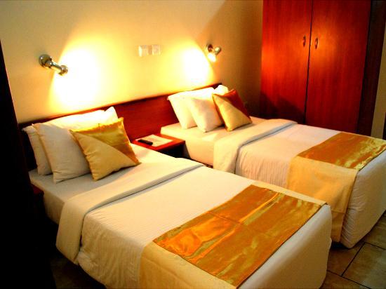 Sinoni Lodge: Royal Suite Twin Room