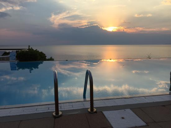 Grand Hotel San Pietro: Piscina infinity