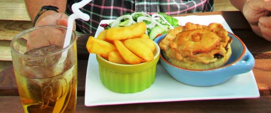 Melton Constable, UK: Steak & ale pie
