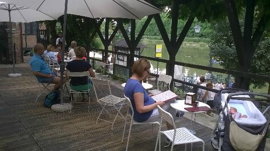 la vista sul Po dalla terrazza del locale - Foto di Bar Agri ...