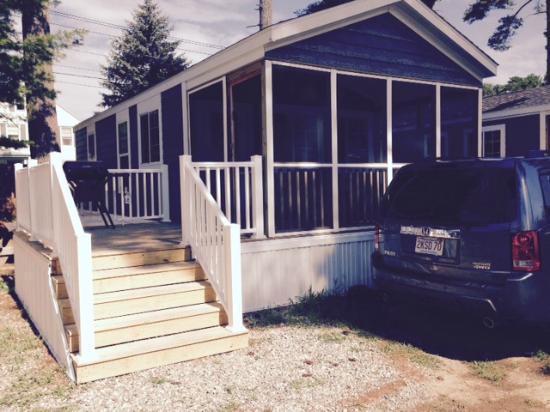 Wagon Wheel Rv Resort And Campground R22 Cabin