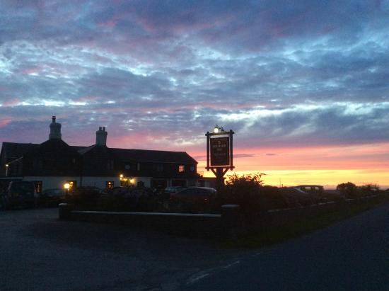 Night sky looking at the Poldark Inn