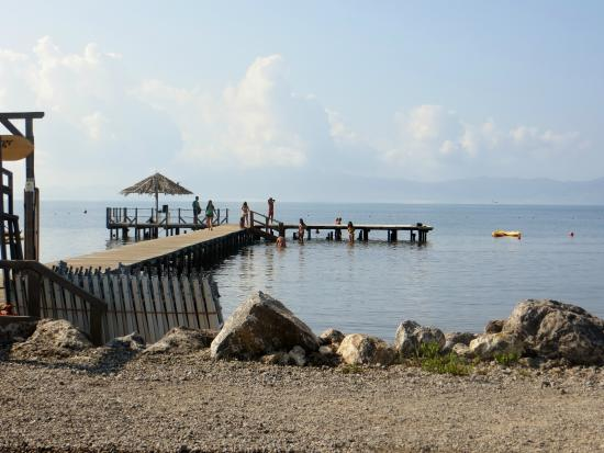 Talamone Camping Village: pontile spiaggia