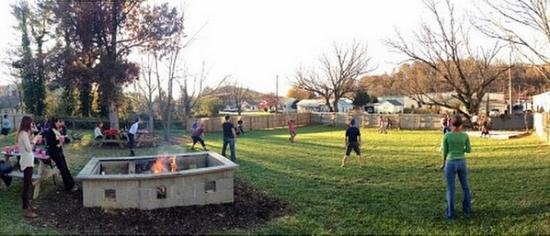 Native Kitchen & Social Pub: The Backyard: Perfect for families and pups