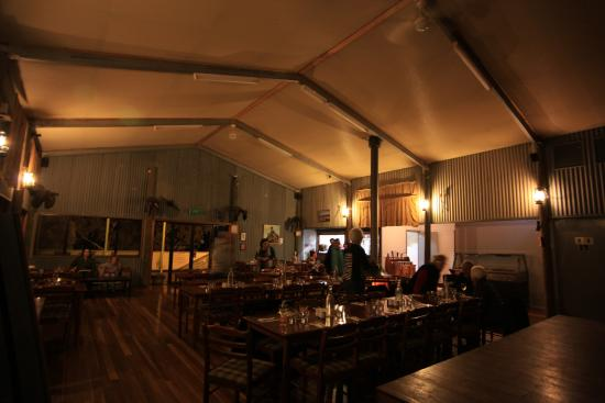 Woolshed Restaurant: cosy by the fire